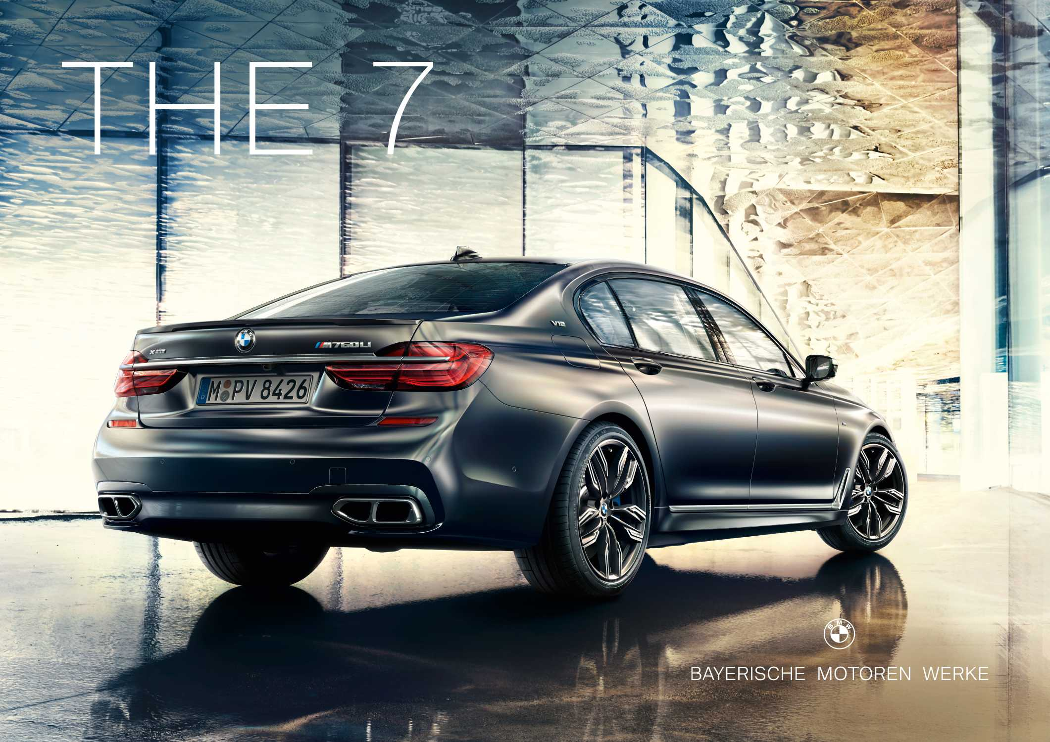New brand presence for BMW's model offensive in the luxury segment. (09/2017)
