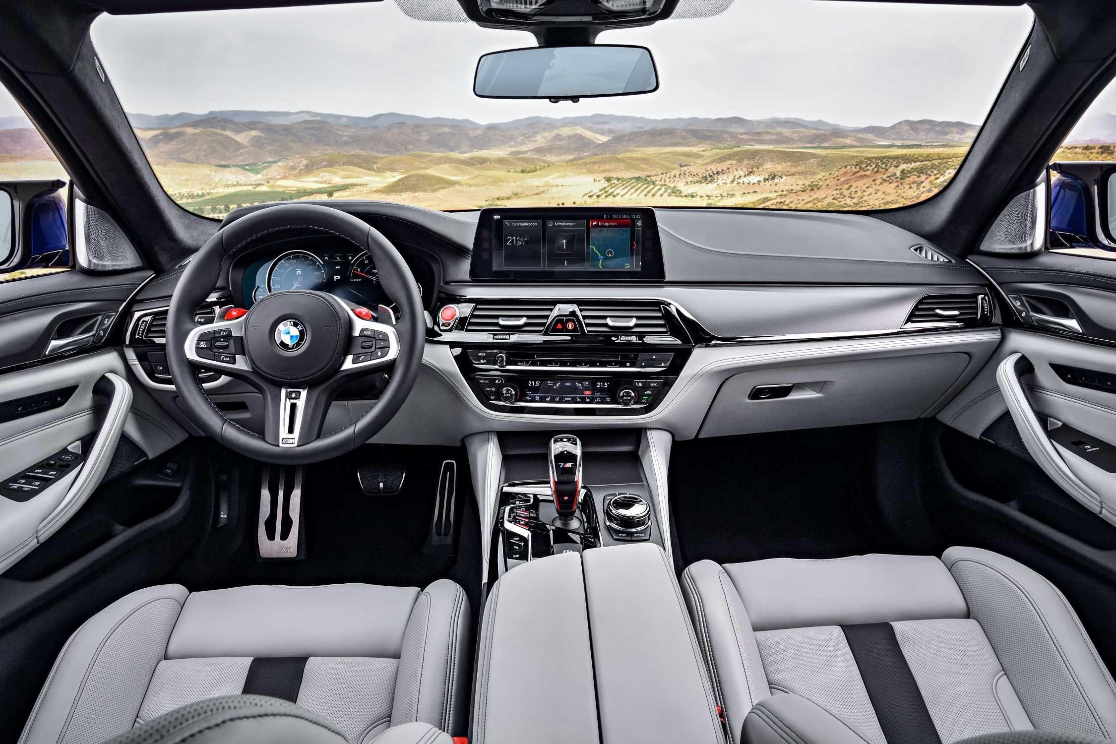 All new BMW M5 – interior (09/2017)