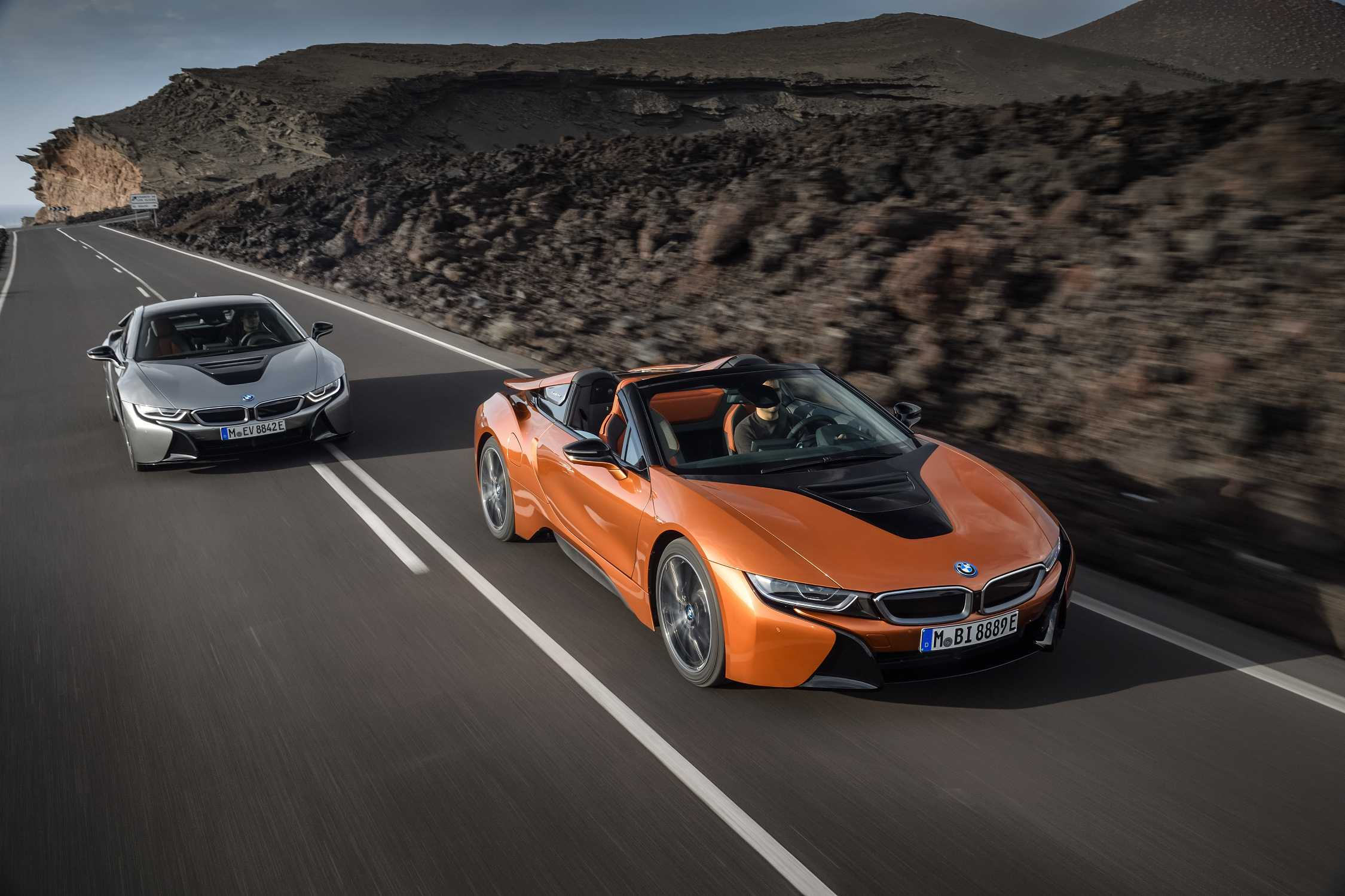 The New Bmw I8 Roadster And Coupe