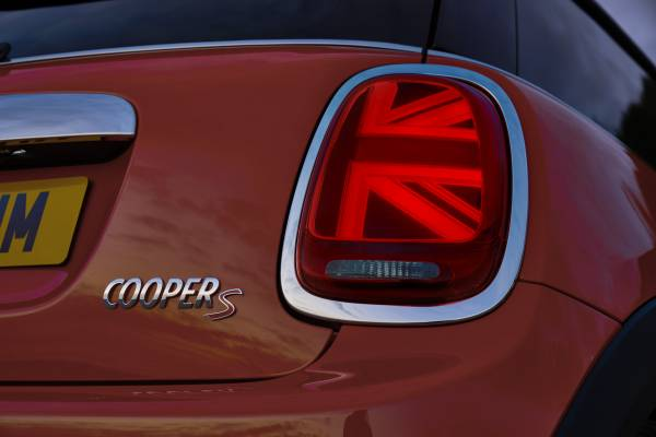 MINI LED rear lights in Union Jack design. (01/2018)