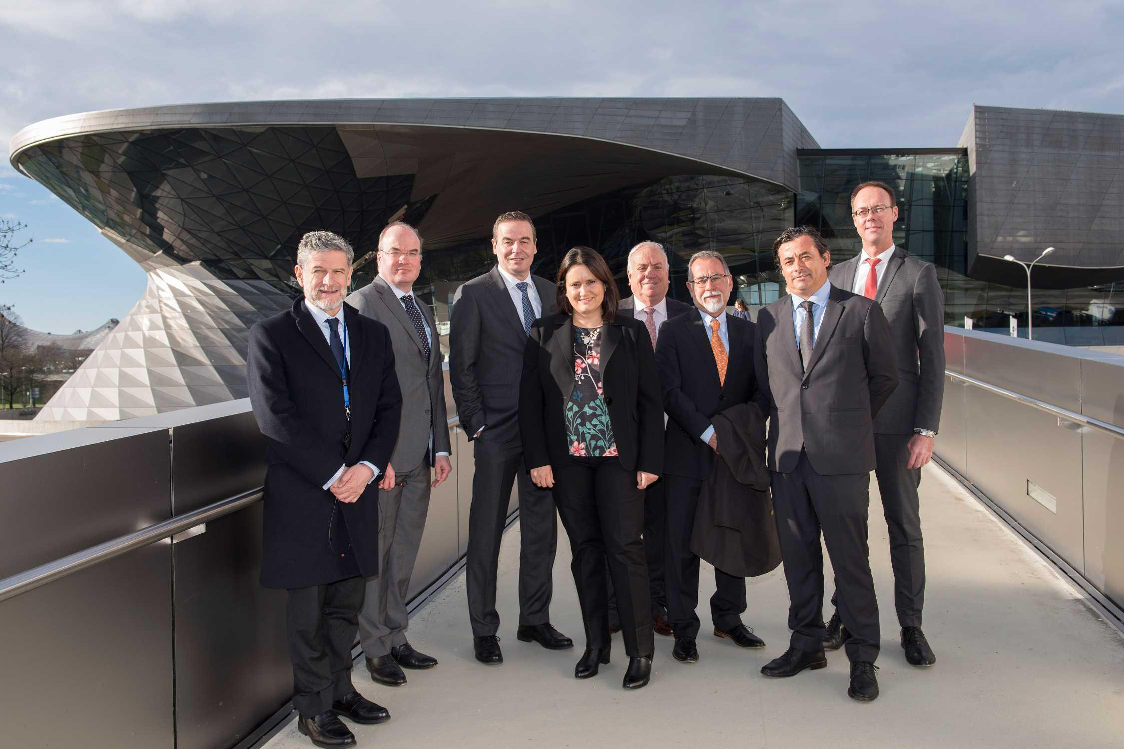 BMW Group se implică activ în Iniţiativa de Exploatare Responsabilă a Cuprului