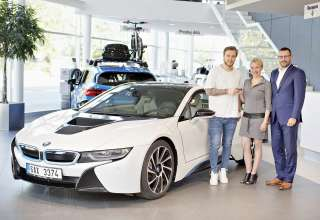 David Pastrnak will drive BMW i8 borrowed from the BMW Group Czech Republic during holidays (05/2018)