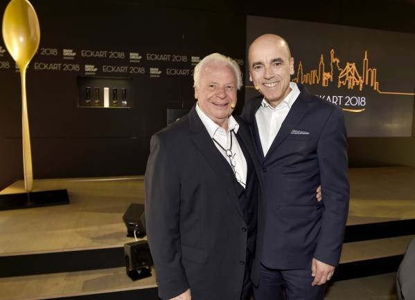 ECKART 2018 award ceremony presented by BMW Group on June 14th 2018 in the Spring Studios in New York City. Eckart Witzigmann and Dr. Nicolas Peter, member of the Board of Management of BMW AG, Finance, and patron of the ECKART. (06/2018)