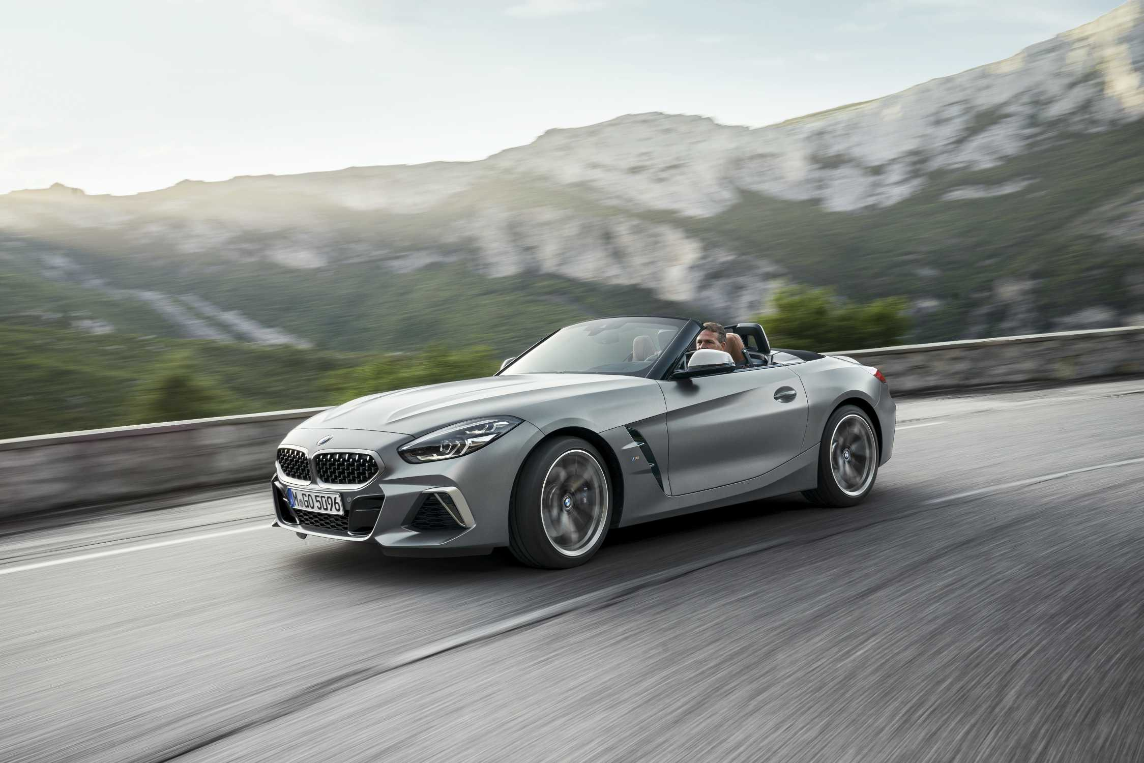 the all new 2019 bmw z4 roadster. Black Bedroom Furniture Sets. Home Design Ideas