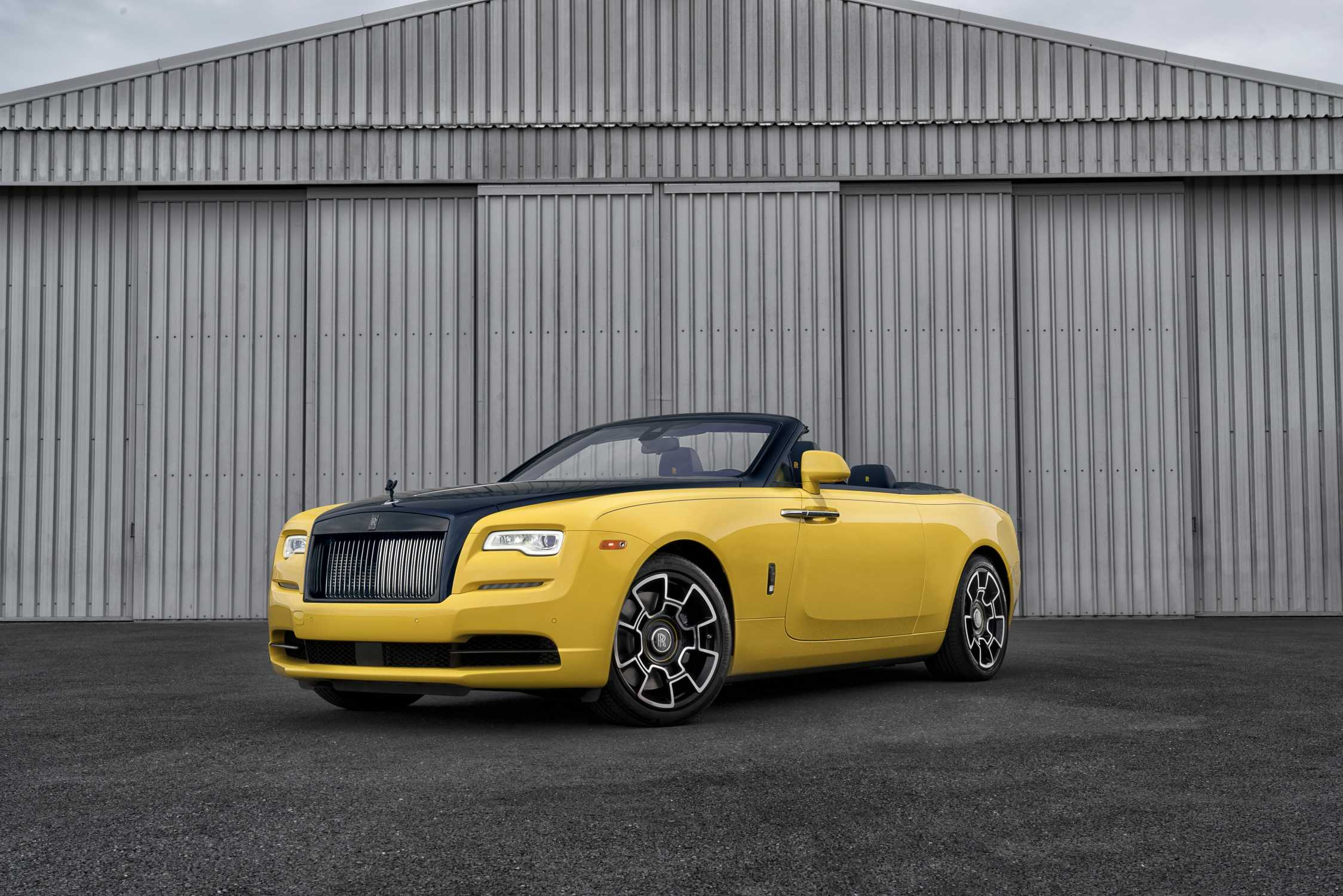 Silicon Valley Tech Executive Takes Delivery Of Bespoke Rolls Royce Dawn Black Badge At Pebble Beach
