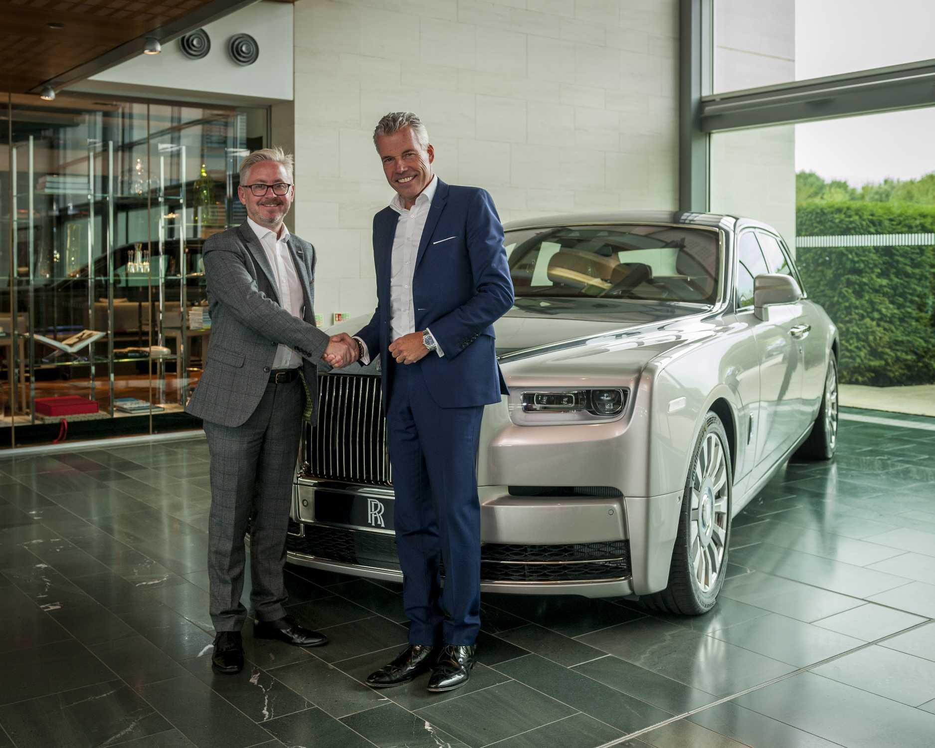 Rolls Royce Dealers >> Rolls Royce Motor Cars Announces Eighth Uk Showroom