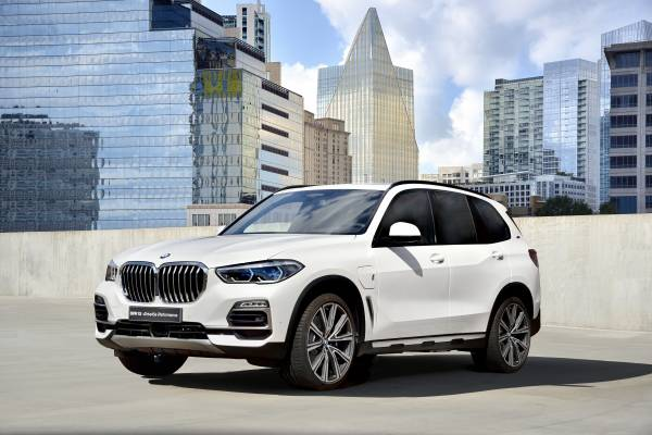 The new BMW X5 xDrive45e iPerformance (09/2018).