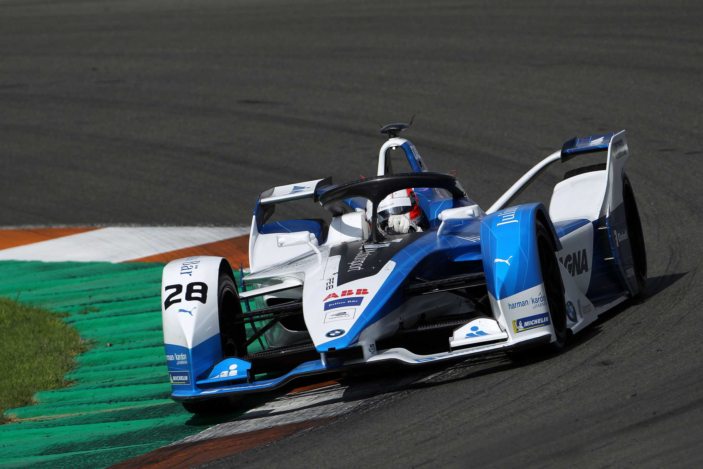 Strong Performance From The Bmw Ife 18 At Valencia