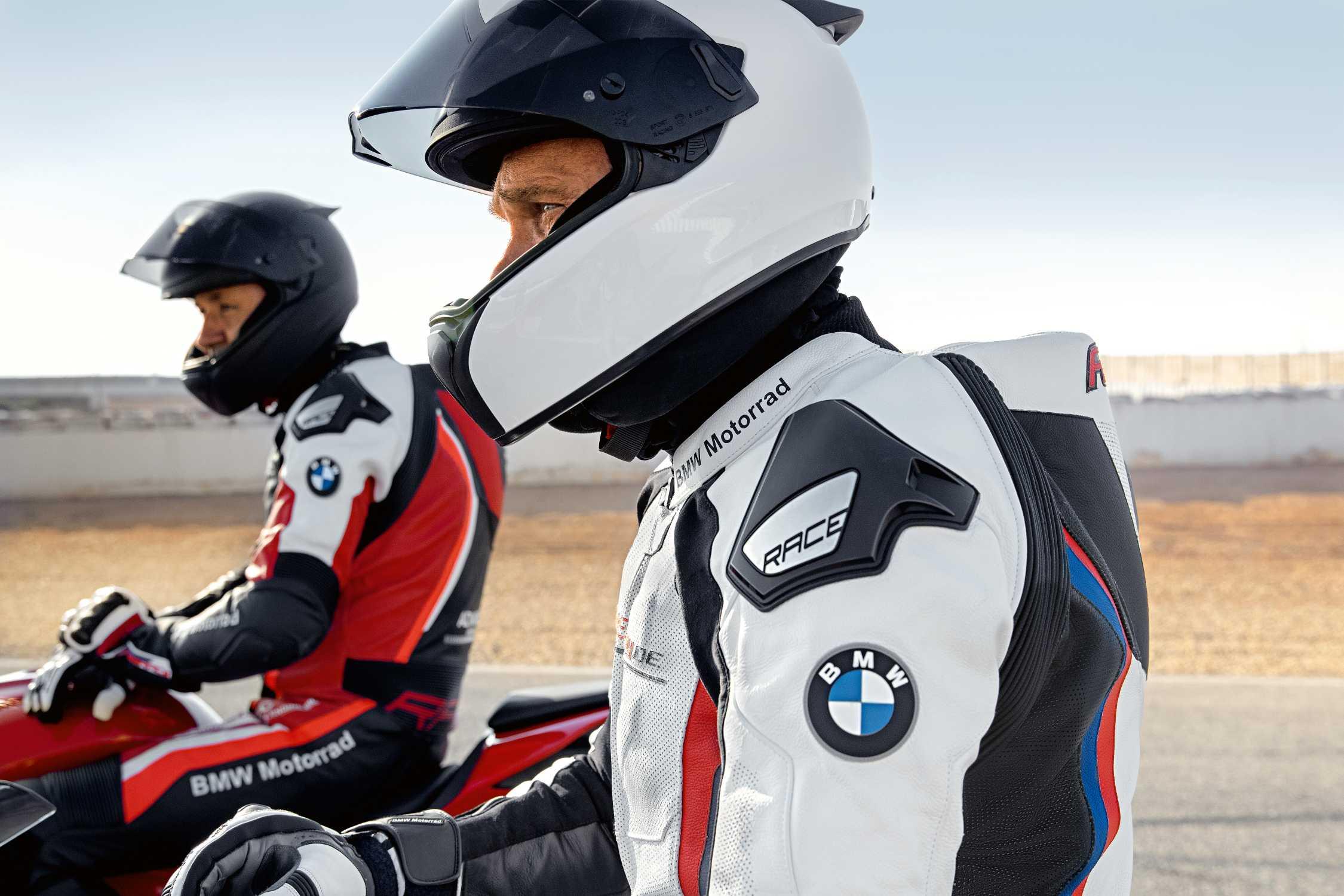 Bmw Motorrad Fahrerausstattung 2019