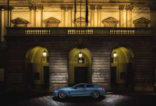 New BMW 8 Series in front of Teatro alla Scala (12/2018)