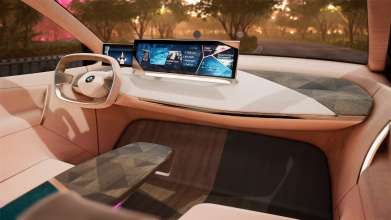 BMW Vision iNEXT - Mixed Reality (12/2018).