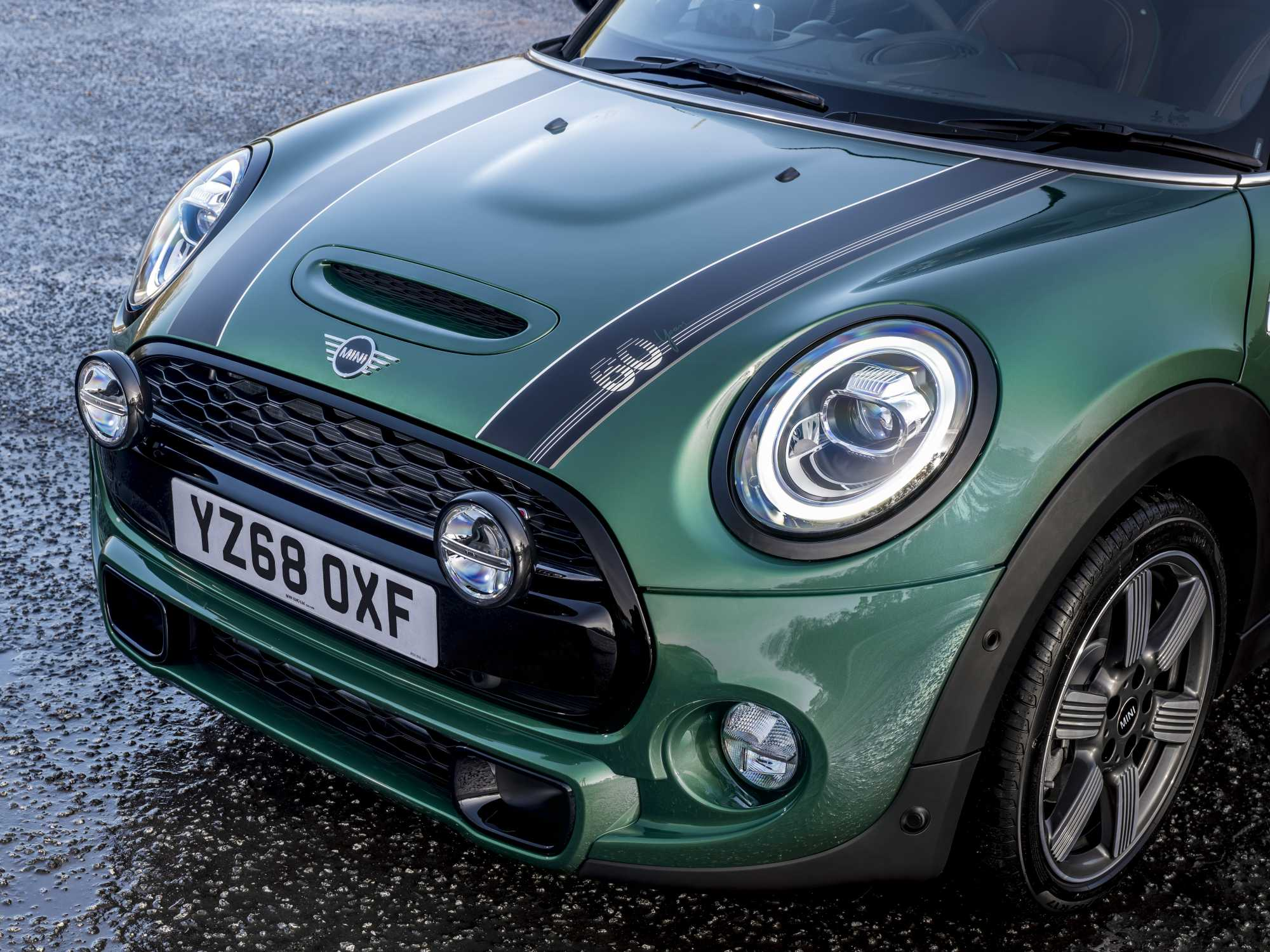 Celebrating 60 Years of an icon: the MINI 60 Years Edition