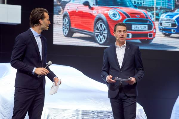 Brussels Motor Show 2019 - Press Conference BMW & MINI - Overview of 2018 - Outlook to 2019 (01/2019)