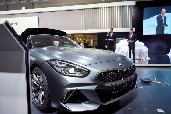 Brussels Motor Show 2019 - Press Conference BMW & MINI - Overview of 2018 - Outlook to 2019 - Belgian premiere BMW Z4 (01/2019)