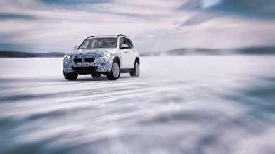 The BMW iX3 undergoes winter trial tests (03/2019).