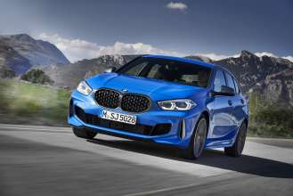 "The all-new BMW 1 Series, BMW M135i xDrive, Misano blue metallic, Rim 19"" Styling 557 M (05/2019)."
