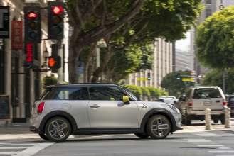 Mini Cooper Usa >> Mini Usa Announces U S Market Pricing For New Battery