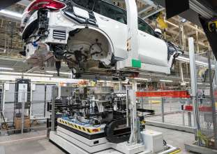 bmw group plant spartanburg, Battery assembly for the BMW X5 xDrive45e, BMW Group Plant Spartanburg. Production of the new plug-in hybrid electric Sports Activity Vehicle begins in Spartanburg, South Carolina on August 1, 2019.