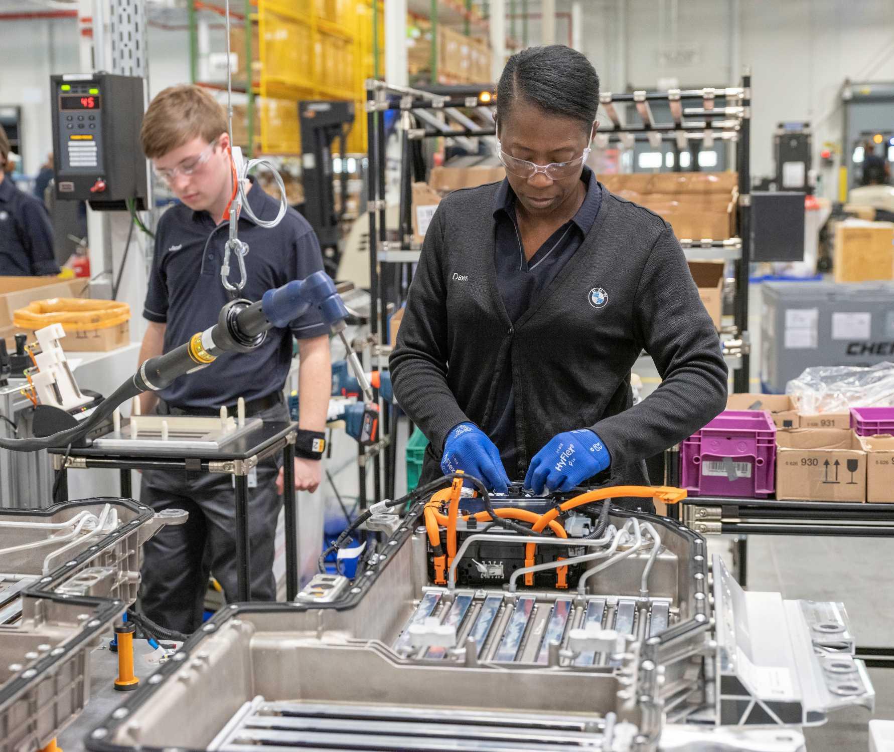 BMW Plant Spartanburg >> Bmw Group Plant Spartanburg Doubles Battery Production Capacity