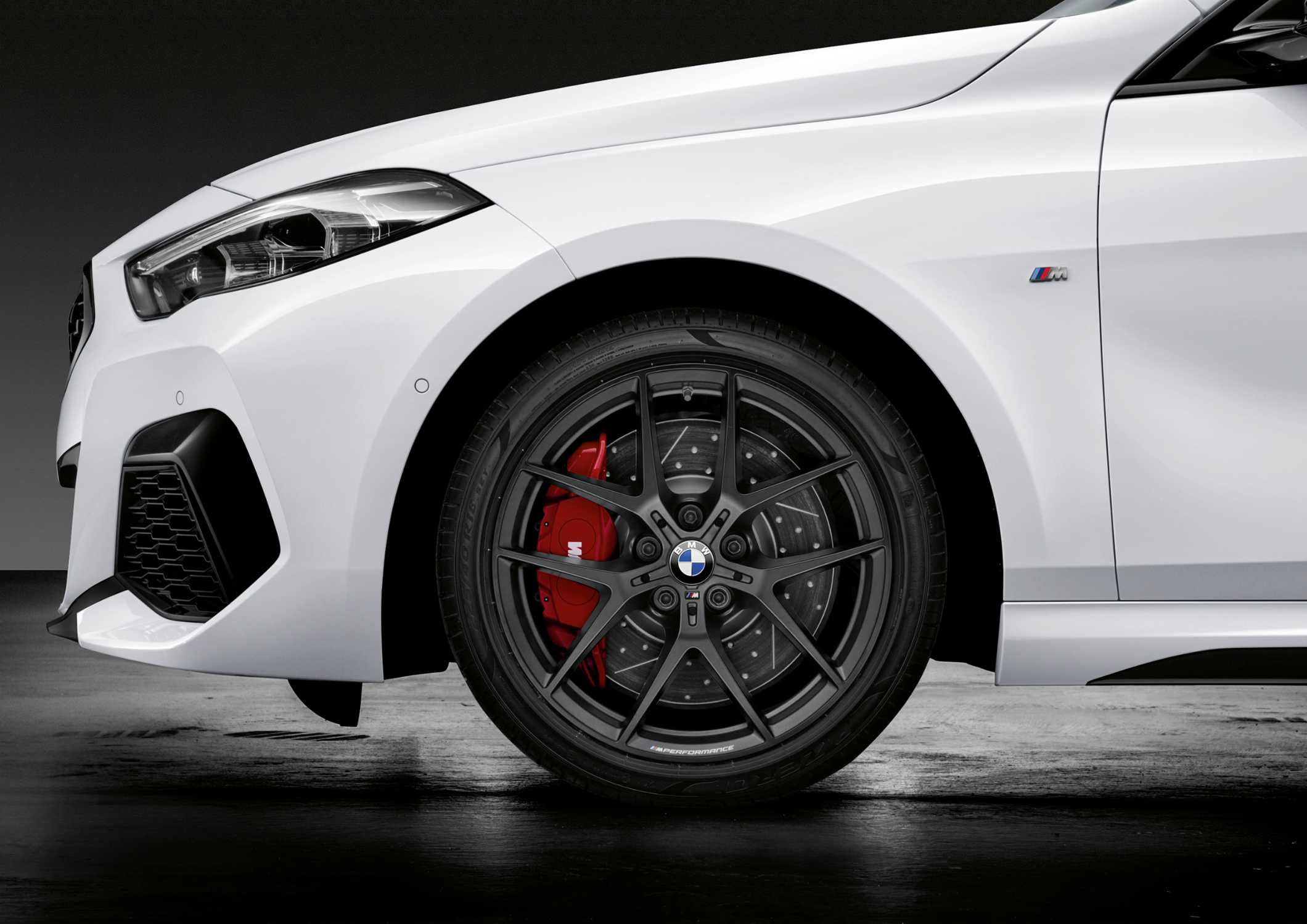 Bmw 2 Series Gran Coupe 18 Inch M Performance Forged Wheel V Spoke 554 M Jet Black Matt M Performance 18 Inch Brake System 10 2019