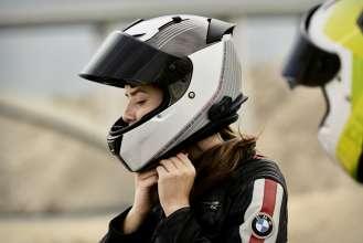BMW Motorrad Ride & Style Kollektion 2020. Helmet Street X Ride. Helmet Street X Comp Neon. (11/2019)
