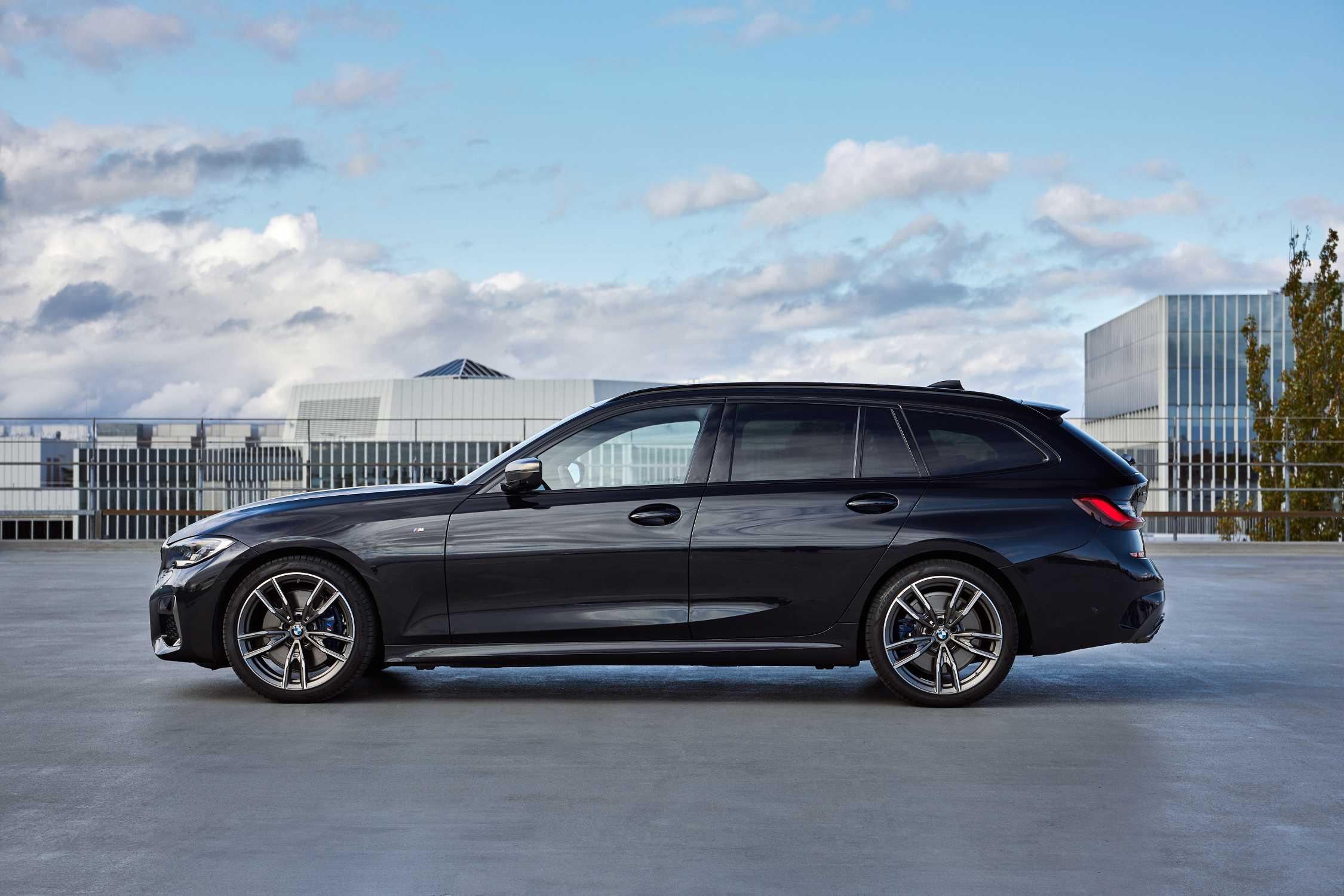The New Bmw M340i Xdrive Touring Black Sapphire Metallic 10 2019