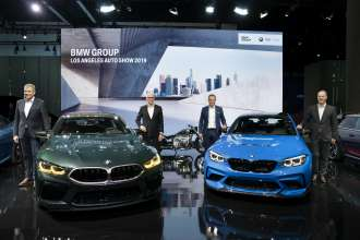 Dr. Markus Schramm, Head of BMW Motorrad, Pieter Nota, Member of the Board of Management of BMW AG, Customer, Brands and Sales, Markus Flasch, CEO of BMW M GmbH and Bernhard Kuhnt, President and CEO BMW of North America LLC at the LAAS 2019 (11/2019)