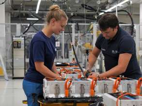 Production of high-voltage batteries at the BMW Group plant in Dingolfing (02/2020)