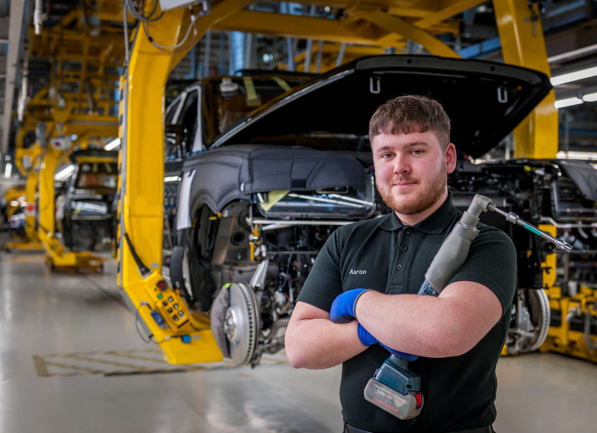 AARON SMITH, ROLLS-ROYCE MOTOR CARS APPRENTICE, ASSEMBLY