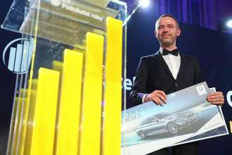 Kiwi.com founder Oliver Dlouhý as EY Entrepreneur Of The Year in the Czech Republic. (03/2020)
