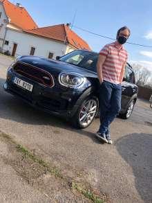 Lukas Hunka from sousedskapomoc.cz with MINI JCW Countryman (03/2020)