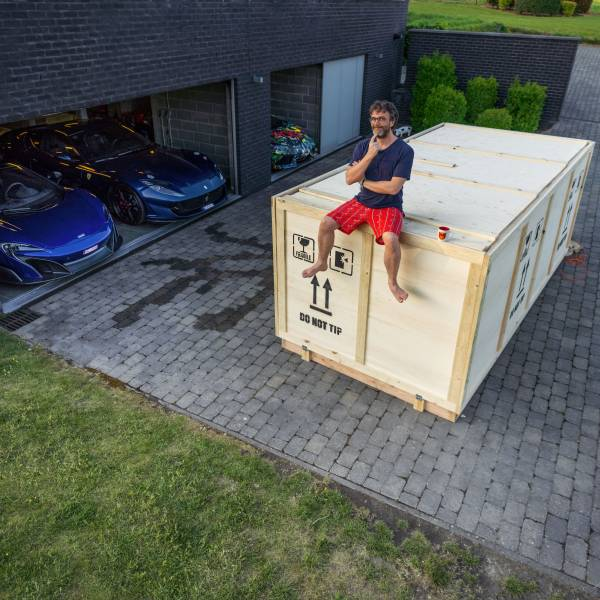 MINI Belux delivered the new MINI John Cooper Works GP at POG's home in a spectacular way (05/2020)