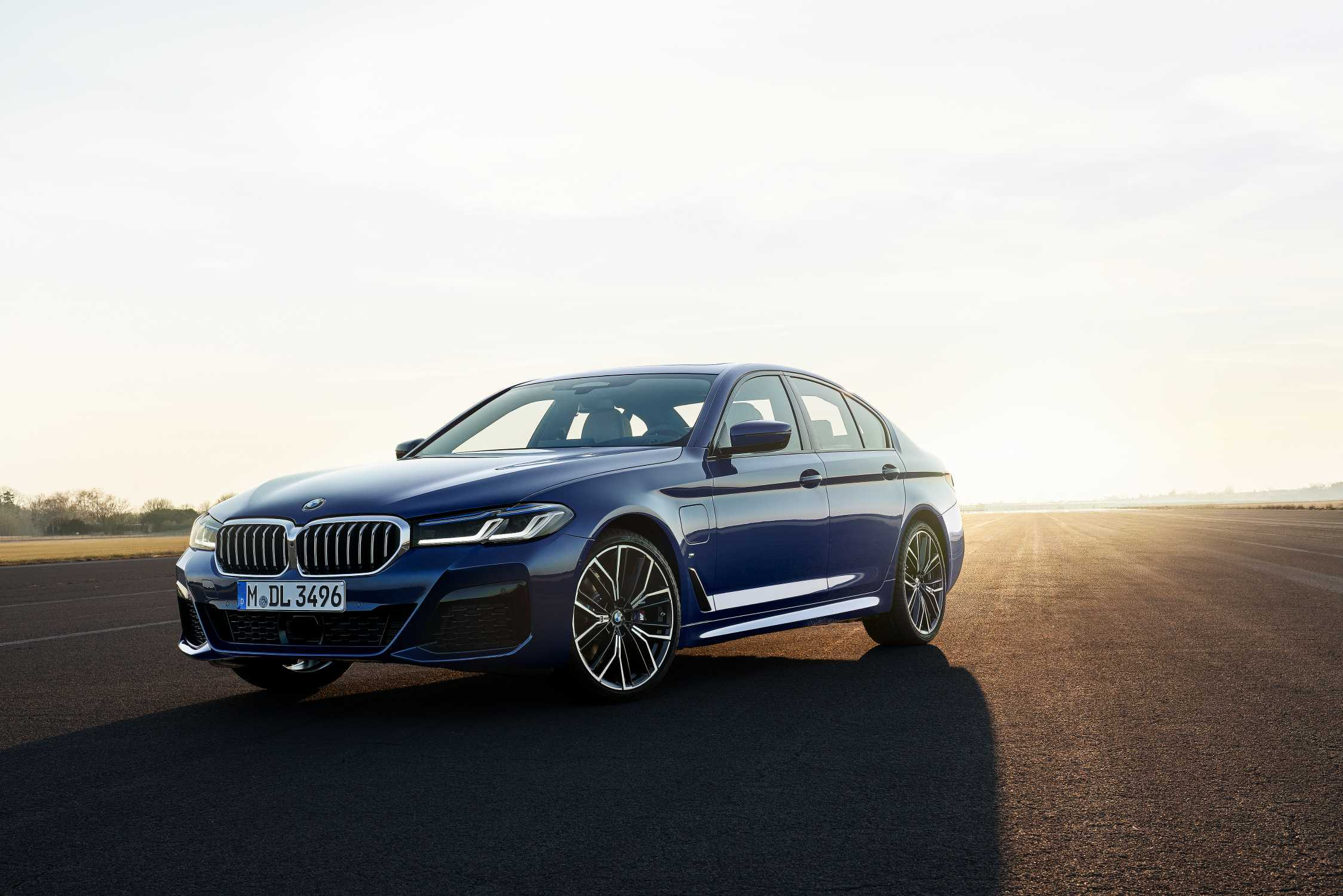 the new 2021 bmw 5 series sedan the new 2021 bmw 5 series sedan