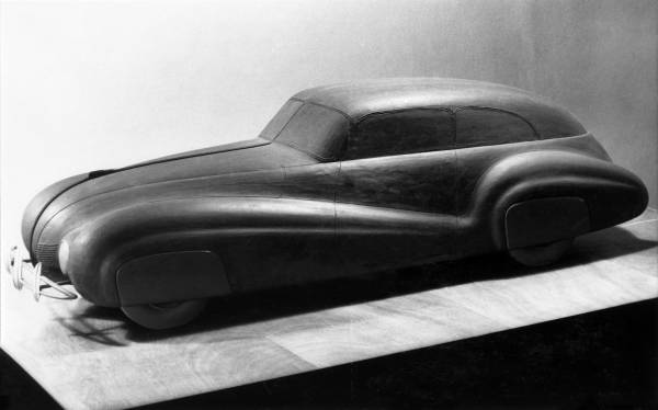 BMW scale model with aerodynamic body similar to BMW 328 Kamm Limousine (07/2020)