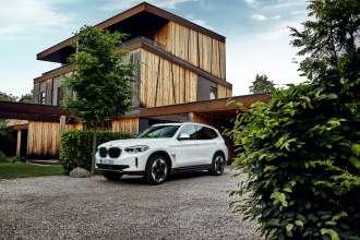Der erste BMW iX3. (07/2020)