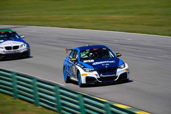 Sro Tc America Virginia International Raceway 31 Bmw M240i Racing Hard Motorsport Tc America Johan Schwartz