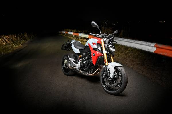 The New Bmw F 900 R And F 900 Xr Now Available In South Africa