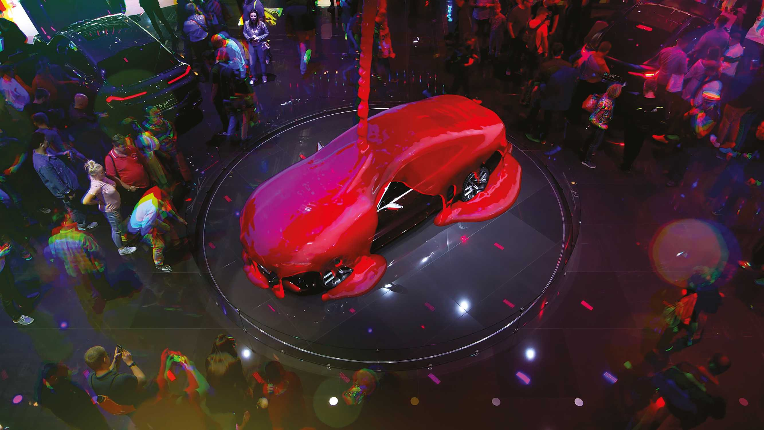 BMW Group at the IAA 2019 - state-of-the-art booth staging. (08/2020)