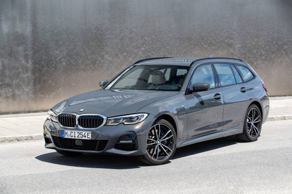 New Entry Level Models With Plug In Hybrid Drive For The Bmw 3 Series And Bmw 5 Series