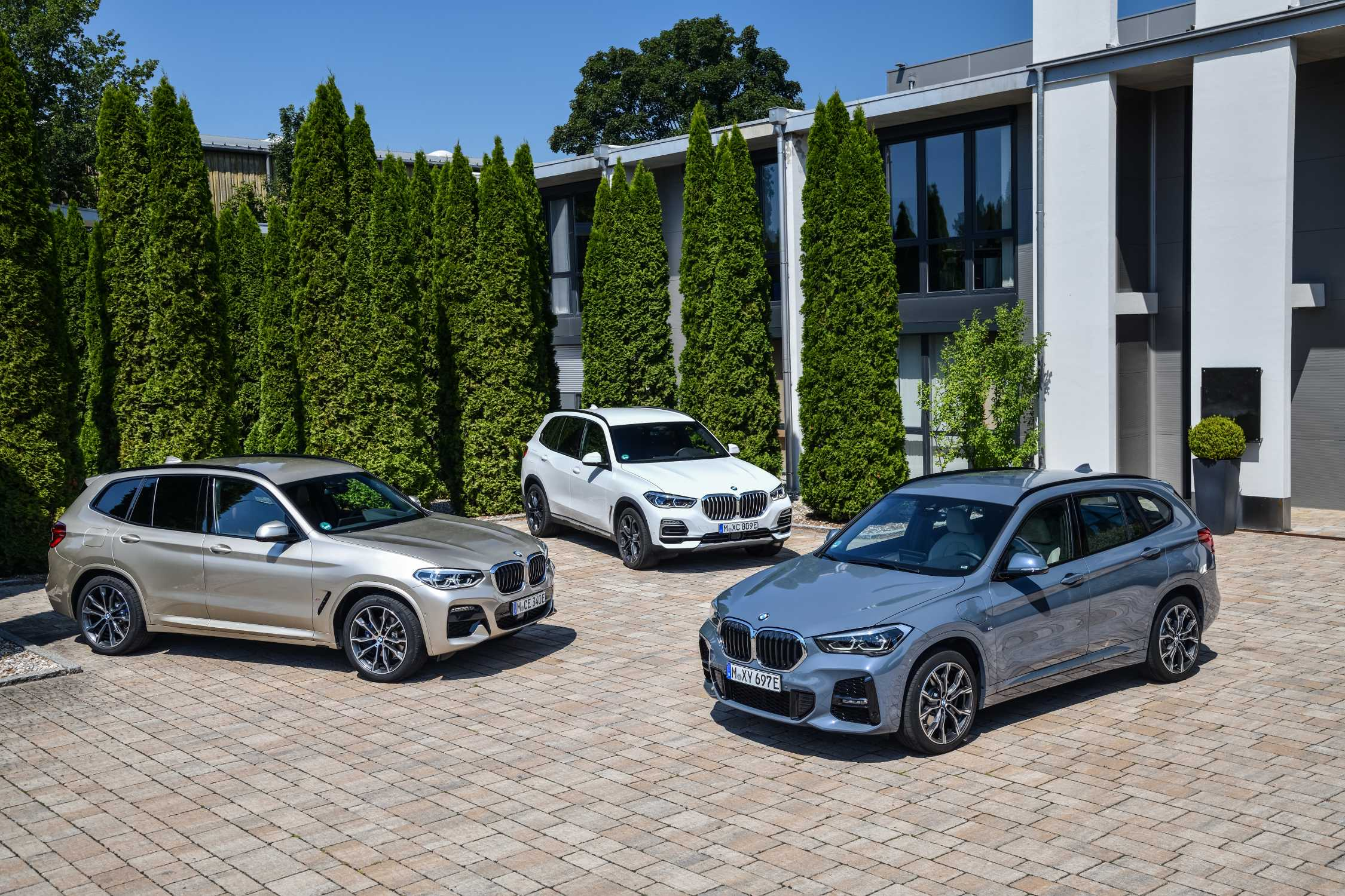 The electrified X model range of BMW (08/2020).