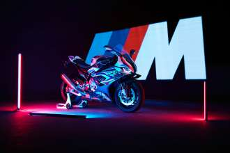 The new BMW M 1000 RR (09-2020)