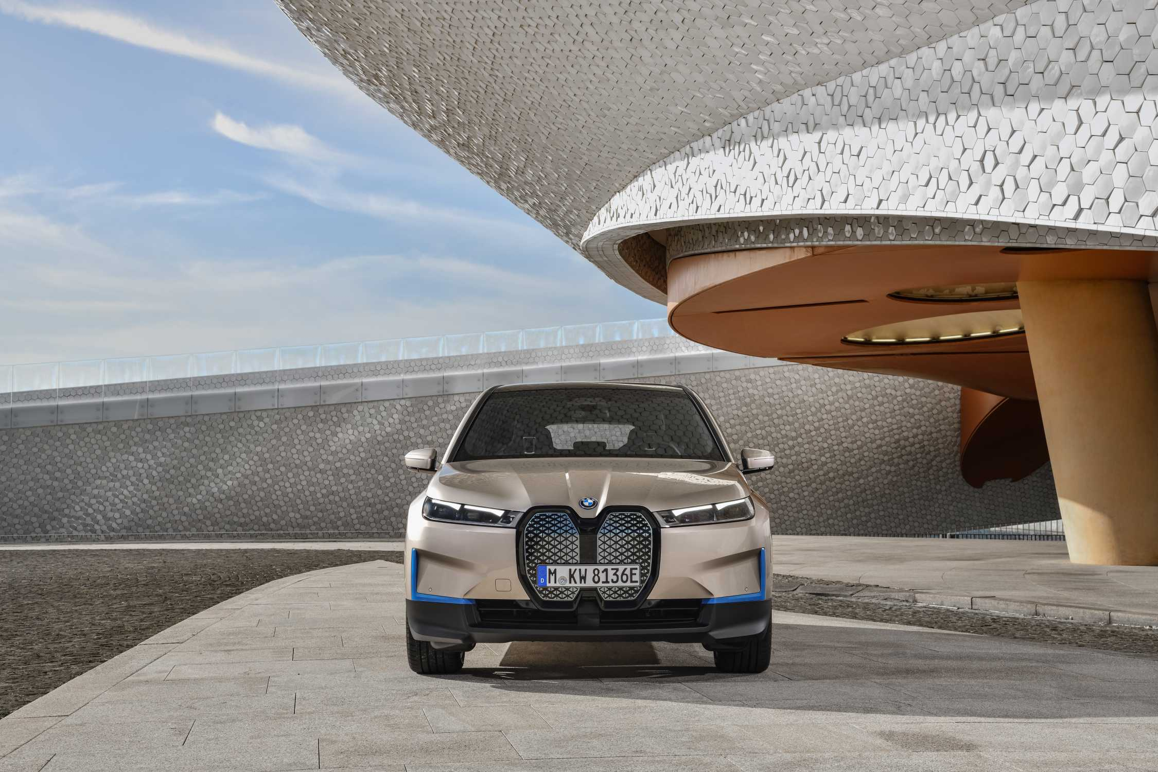 www.press.bmwgroup.com