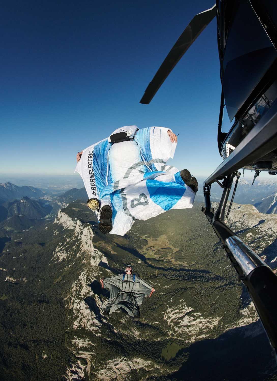 Electrified Wingsuit by BMW i (11/2020).