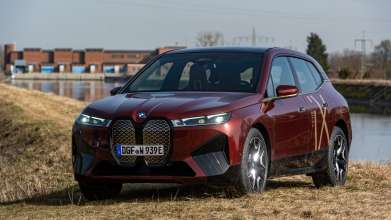 BMW iX* production powered by hydroelectricity from River Isar. SWM hydroelectric power station Uppenborn. 03/2021