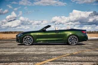 """BMW M440i xDrive Convertible, San Remo Green metallic, Rim 19"""" Styling 797 M (03/2021)."""