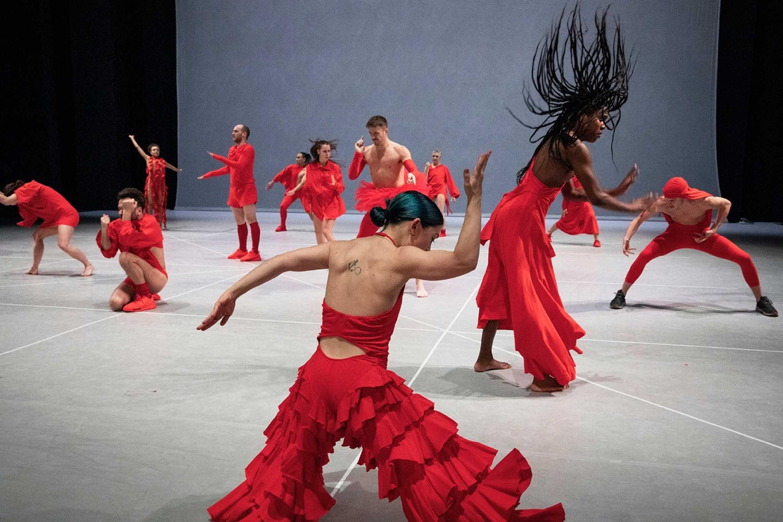 Tanzbiennale Dance Veroffentlicht Programm 2021 Kulturreferat Der Landeshauptstadt Munchen Veranstaltet 17 Internationales Festival Fur Zeitgenossischen Tanz In Munchen In Zusammenarbeit Mit Spielmotor E V Mit Bmw Als Partner