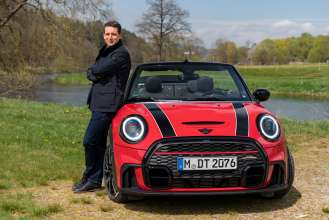 The MINI Convertible: the future is ready for it.