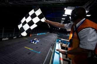Jake Dennis celebrates second win of the season for BMW i Andretti Motorsport in London.