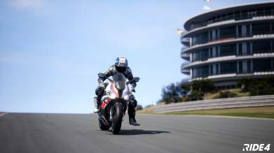 Finale in the BMW Motorrad Esports Challenge 2021: Showdown at Portimão brings gamers and BMW Motorrad WorldSBK riders together virtually.