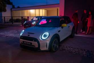 MINI dealer Renocar cooperate with PRIM watch maker and offer Limited Edition PRIM watch for each new MINI JCW and MINI SE (10/2021)